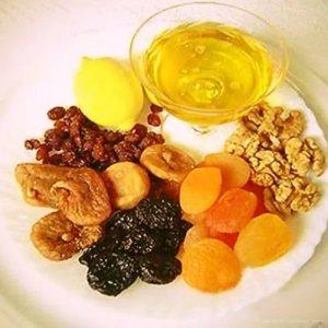 Мед с курагой и черносливом для иммунитета